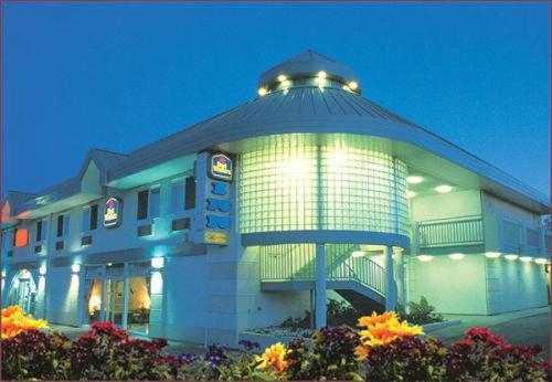 Photo of Best Western Inn - Redwood City Hotel Bed and Breakfast Accommodation in Redwood City California