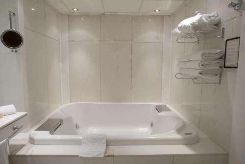 Top Class Room - single occupancy A Casa Canut Hotel Gastronòmic 8
