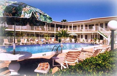 Sandman Resort Customer Reviews 300 Hamden Drive Map Hotel Within 3 Kms Of Clearwater Beach Orlando Nearby