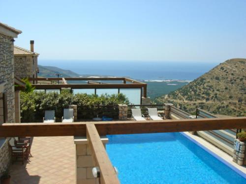 Villa Crhysanthi