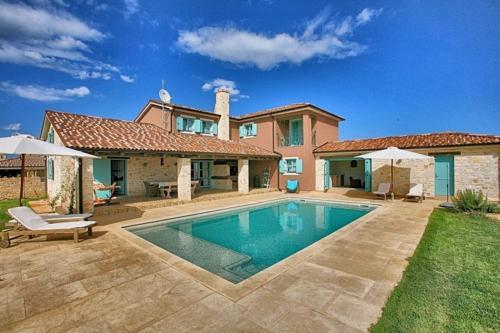 Villa Mediterranea IH3806