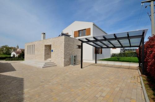 Villa Grigia IH4003