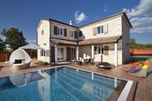 Villa Luxotica IH3809