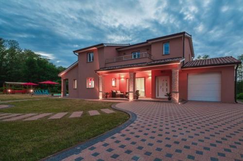Villa Skr17 IH6401