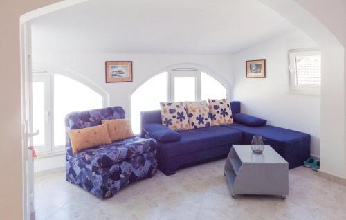 Apartment Bosana with Sea View 11