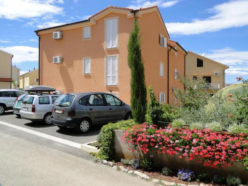 Apartments Tonzi