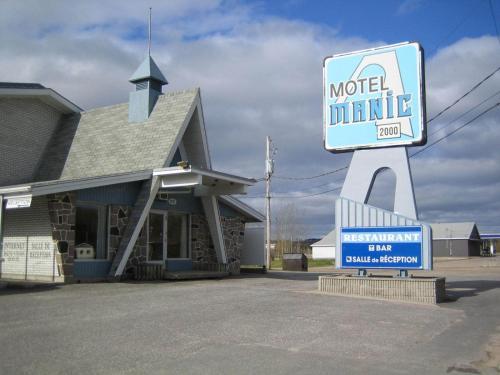 Motel Manic 2000