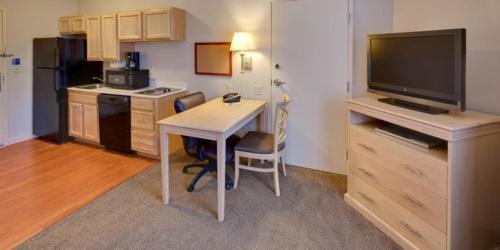 Candlewood Suites Peoria At Grand Prairie