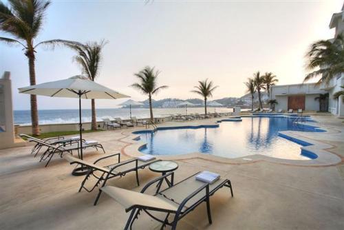 5 starts hotel in Manzanillo