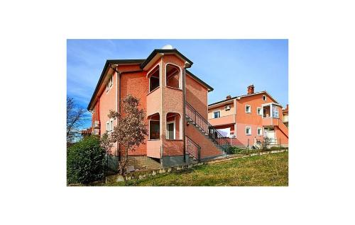 Apartment Varvari 25