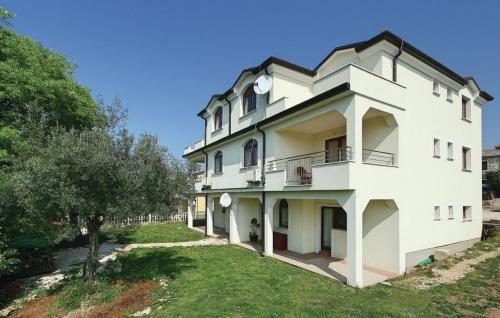 Apartment Valica 6