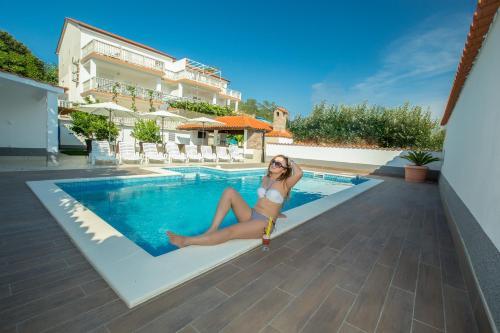 Отель Apartments Dania 3 звезды Хорватия