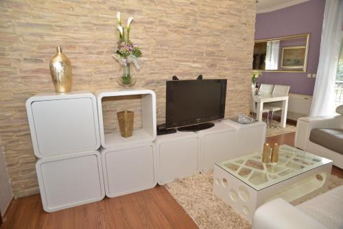 Apartment Leona