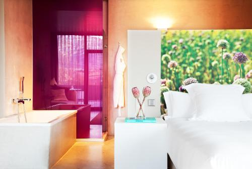Suite with Spa Access - single occupancy Hotel Viura 9