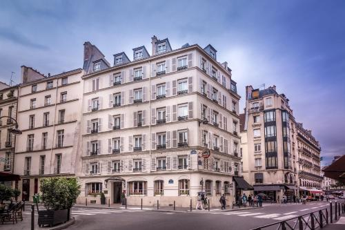 Hotel louis 2 h tel 2 rue saint sulpice 75006 paris for Hotels 75006