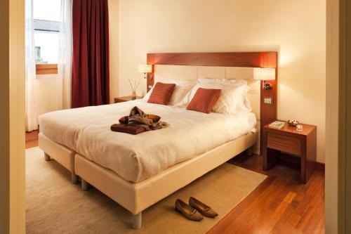Al Tezzon Hotel