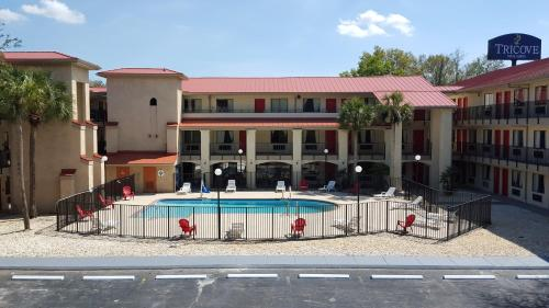 Picture of Tricove Inn & Suites