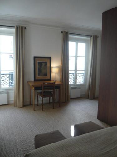 One-Bedroom Apartment -109175- Rue Rodier