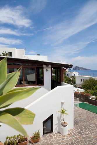 Hotel La Terrazza, Panarea | RentalHomes.com