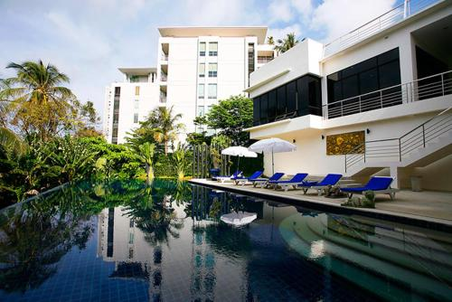 Karon Apartment, Karon Beach