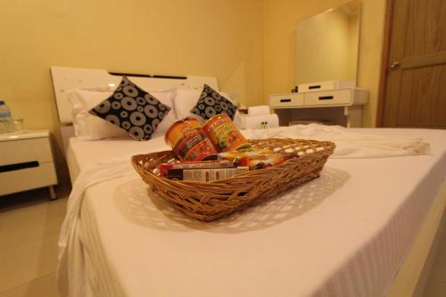 Picture of Finihiyaa Inn Maldives