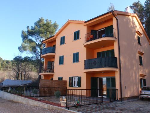 Apartment Mijos