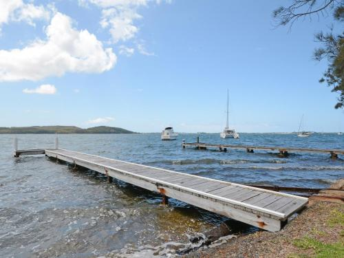 Carey Bay Views on Lake Macquarie