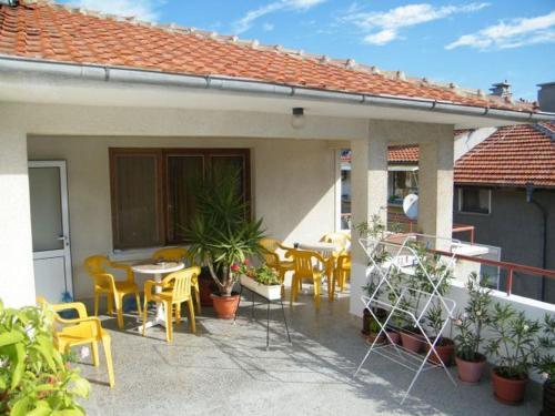 Guest House Kostandara