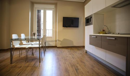 Superior Two-Bedroom Apartment (6 Adults) - Calle Carmen