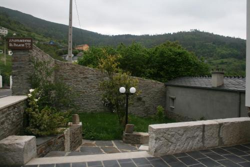 Apartamentos Rurales El Palacio de Doiras