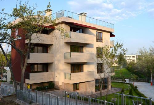 Victoriya's House