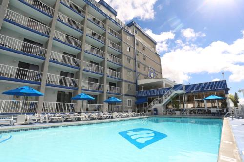 Adventurer Oceanfront Inn In Wildwood Crest Nj Outdoor