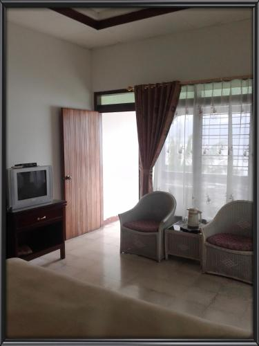 Kamar Double atau Twin dengan Pemandangan Danau (Double or Twin Room with Lake View)