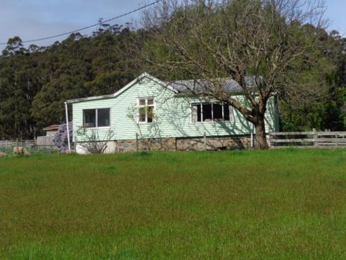 Hillcrest Farmhouse
