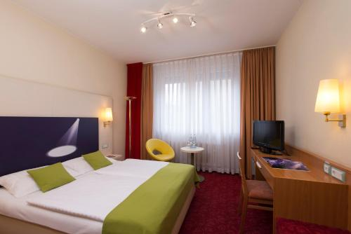 ibis Styles Berlin an der Oper photo 31