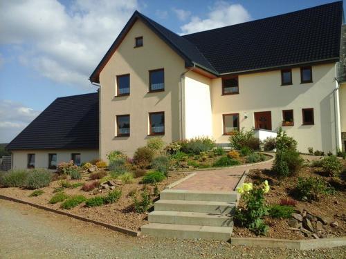 Holiday Home Holzheimer Hütte