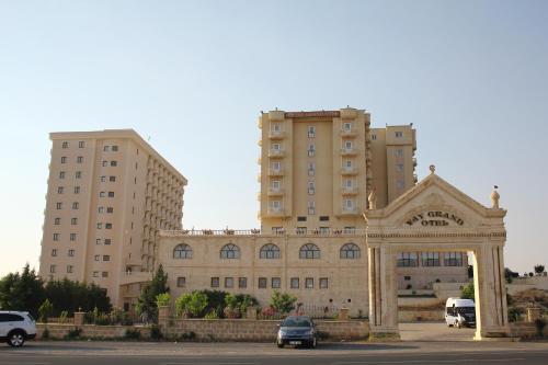 Yay Grand Hotel