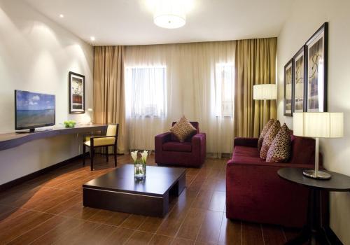Mövenpick Hotel Apartments Al Mamzar Dubai photo 32