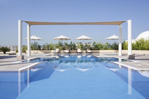 Mövenpick Hotel Apartments Al Mamzar Dubai impression