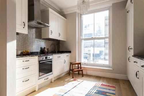 Hotel Onefinestay - Westbourne Grove Private Homes thumb-3
