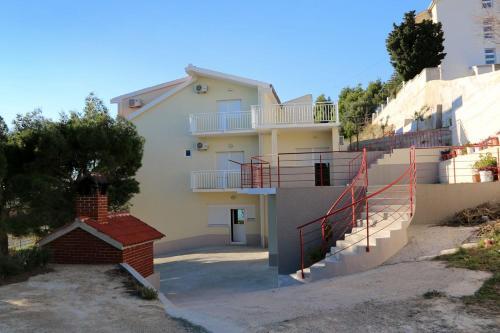 Apartment Duce 946b