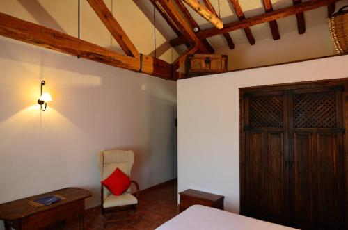 Special Offer - Double or Twin Room Caserón De La Fuente 10