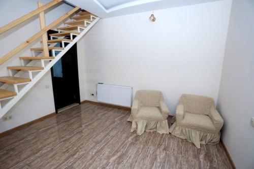 Апартаменты Горгасали 58