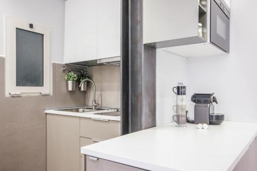Living RHome - Condotti Apartment