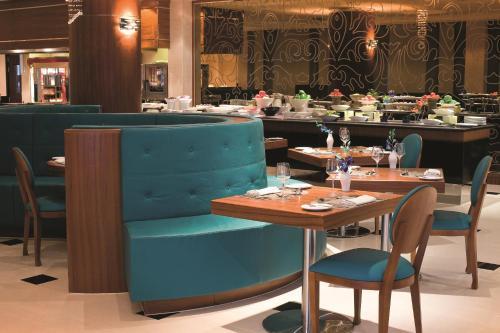 AVANI Deira Dubai Hotel photo 43