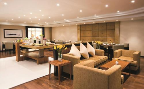 AVANI Deira Dubai Hotel photo 17