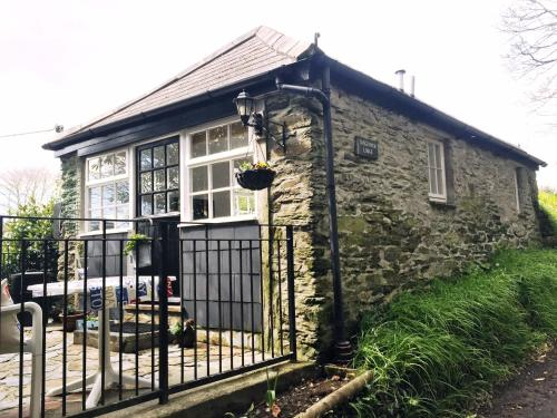 Tregenver Lodge