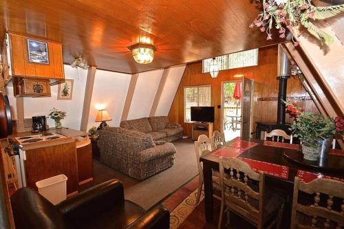 Mozdir Cabin
