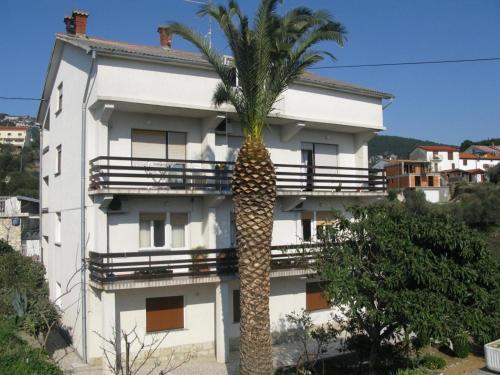 Apartment Miljenko A1