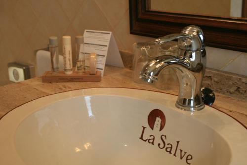 Single Room Hotel & Spa La Salve 3